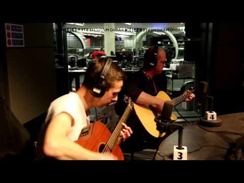 BBC Manchester : Mohawk Radio performing a live acoustic set ( 'Kashmir'& 'Lifetime Sunshine')