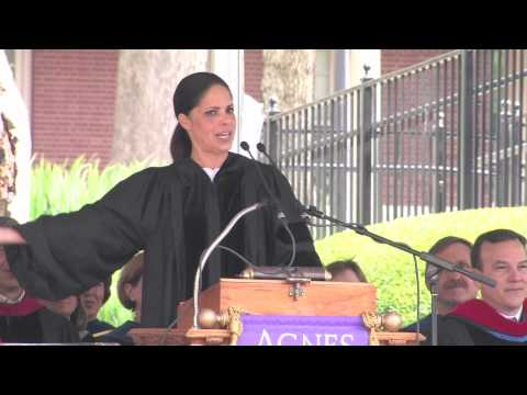 Soledad O'Brien Addresses Agnes Scott Graduates