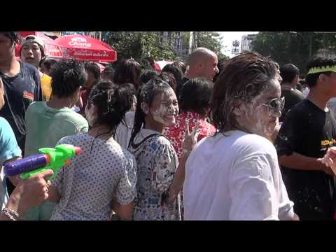 Songkran Party in Bangkok`s Khaosan Road
