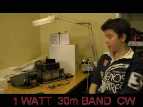 GenesisRadio Q5-30  1 Watt QRP transmitter presented by Josh, VK2FJDX