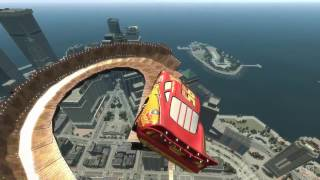 Spiderman & Iron Man Mega Ramp Jumping With Lightning McQueen HD