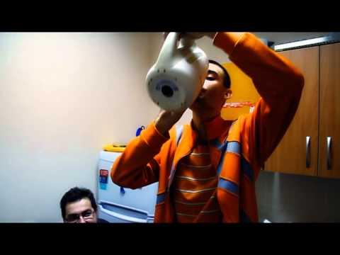 Admos: «Чашка-мешалка - для вашего удобства»
