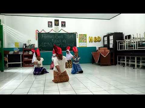 Pentas Seni Tari - tari Bungong Jeumpa ke 5 SDN Sariwangi