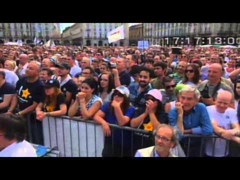 Beppe Grillo e Davide Bono Vinciamonoitour