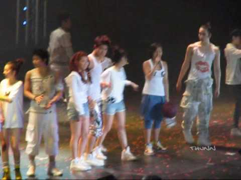 [FANCAM] 090228 2PM&WG – Tell Me (ENCORE) @The 1st Wonder Live in BKK