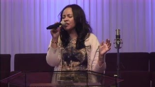 Betty Wolde - Live Worship @ Ethiopian Christians Fellowship Church Huston, Texas USA