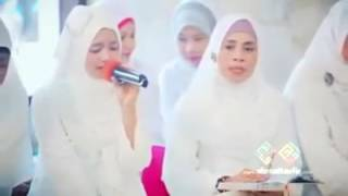 Women Beautiful Quran recitation  Surah ar-Rahman