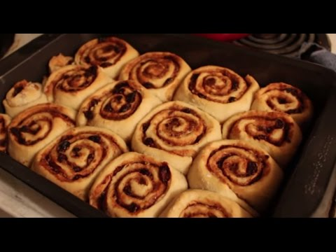 "Vegan! Cinnamon Rolls with ""Cream Cheese"" Frosting (Recipe)"