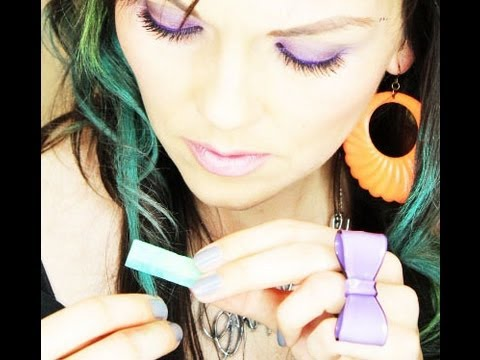 How To Do The Hair Chalk Trend | Kandee Johnson