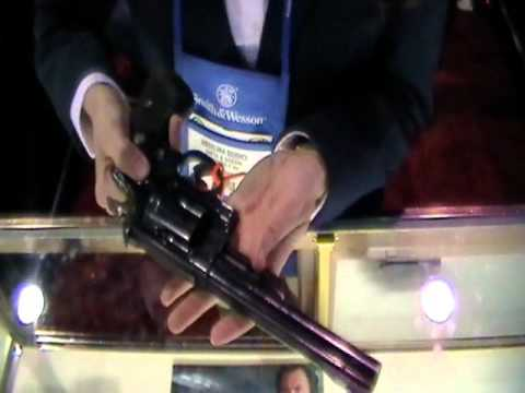 Smith and Wesson Model 29 .44 Magnum Revolver: The