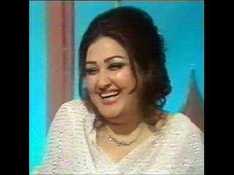 Noor Jahan - (ghazal) - Hamari Sanson Mein Aaj Tak Woh video