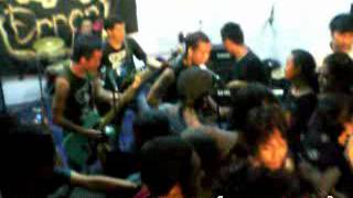 ERROR CREW   Insane Oxymoron Cover   Moestopo Live