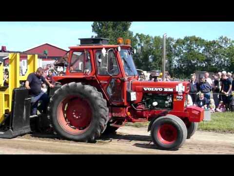 Volvo bm 700 tractor data