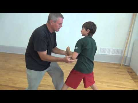 Tai Chi Tuishou - Rend, Pluck, and training well together. Image 1