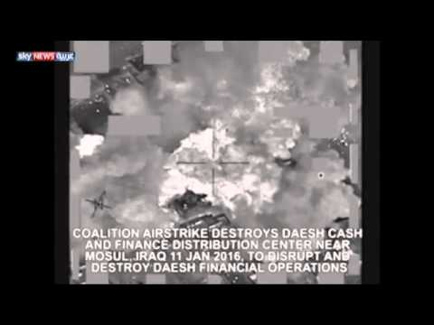 فيديو: فيديو مقاتلات تدمر مقر تخزين اموال وملايين داعش