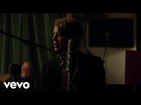 Tom Odell - Somehow (Official Video)