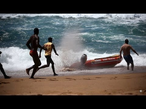 Lifeguards Lose Control Of Boat Stuck In Full Throttle   Salt Rock Ballito  Fail