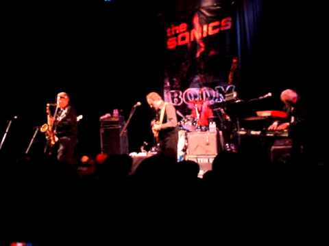 THE SONICS - HAVE LOVE WILL TRAVEL (Olympia, WA 12/31/2010)