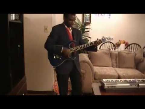 Elias Mariste-mungu Wetu Wa Ajabu video