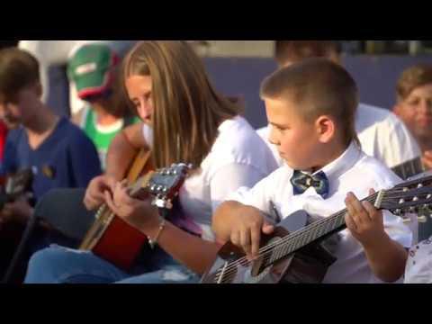 """У Калуші встановили музичний рекорд гітарним виконанням Gary Moore """"Loner"""""""
