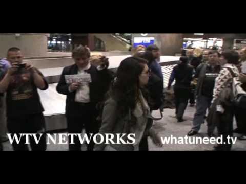 reggie bush and kim kardashian 2011. Kim Kardashian and Reggie Bush: Las Vegas Landing for Valentines Day