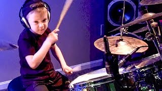 6 godina i odličan bubnjar