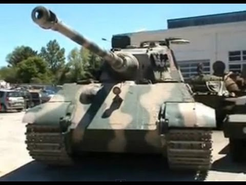 ケーニクスティーガー 【233 restore tank of the museum saumur】 TigerⅡ