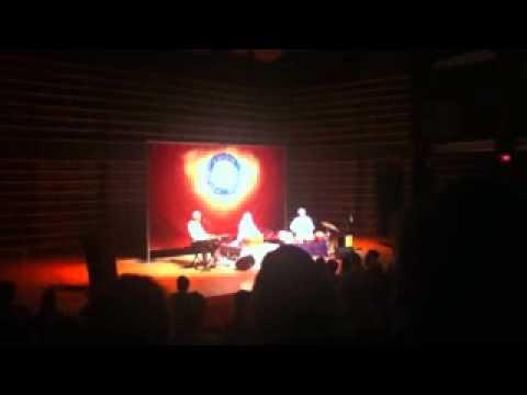 Snatam Kaur - Sat Nam - live Montreal, may 2011