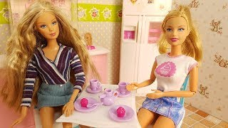 NUOVO EPISODIO DI BARBIE STORIE CON BAMBOLE - come fare una casa fai da te , video per bambini