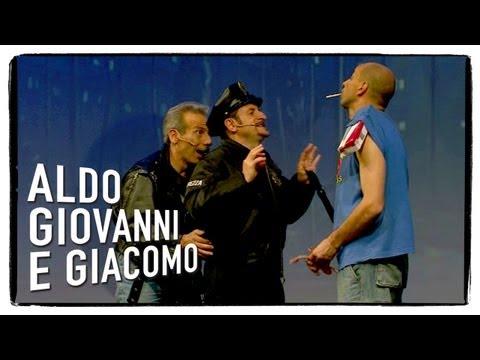 Il passaggio di mano (seconda parte) – Anplagghed di Aldo Giovanni e Giacomo