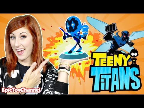 TEEN TITANS GO! Teeny Titans App Update JUSTICE LEAGUE ACTION + Blue Beetle Surprise Toy For Kids