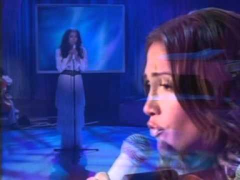 Jennifer Lopez - Alive Live On Oprah