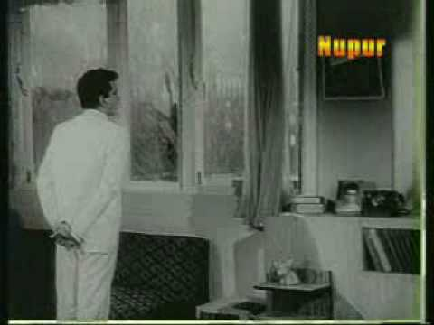 Woh Kaun Thi? (1964)Sadhana  as Sandhya !