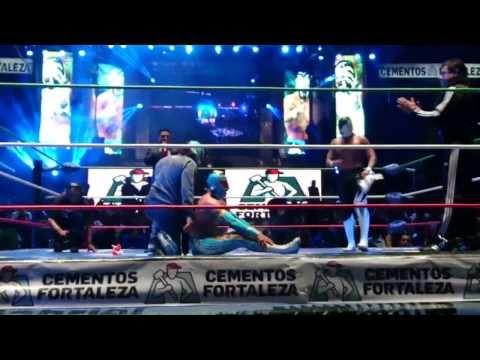 Volador jr pierde la máscara ante Sombra (CMLL)
