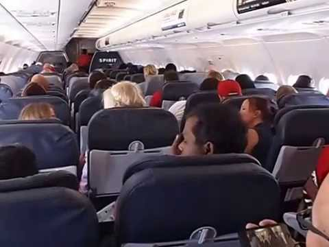 Ambiance l 39 int rieur d 39 un avion spirit airlines entre las vegas et san francisco youtube for Photo d interieur