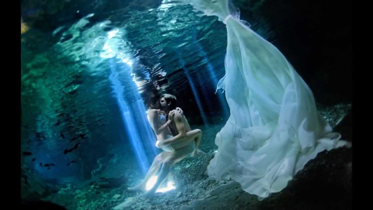 mayan weddingampunderwater trash the dress in a cenote