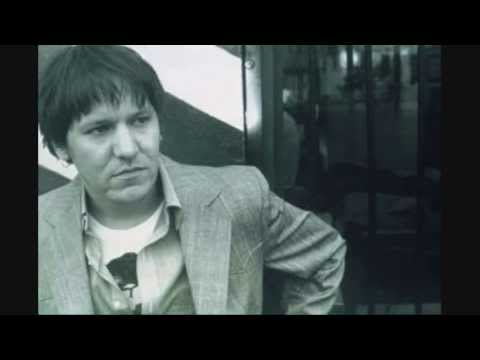 Elliott Smith - Everything Reminds Me Of Her