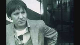 Watch Elliott Smith Everything Reminds Me Of Her video