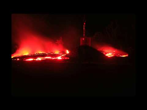 Timelapse of Lava Surrounding HELCO Power Pole