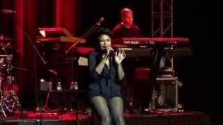 "Jennifer Hudson Video - Jennifer Hudson LIVE ""Bring Back The Music"""