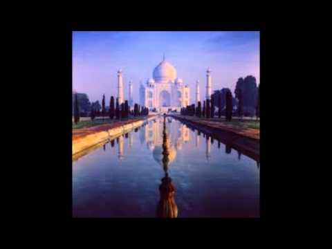 Ravi Shankar - Raga Malaya Marutan video