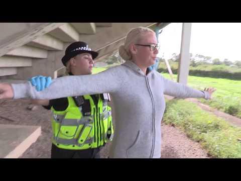 Stop-search training | Hyfforddiant stopio-chwilio