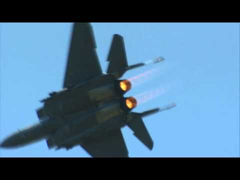 2011 Beale Air Show - F-15 Strike Eagle Demo  2
