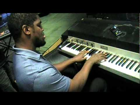 EDDIE BROWN Exclusive RHODES SOLO
