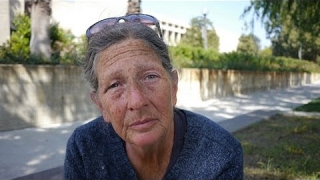 Video: Catherine, Glendale, homeless for 16 years due to marital difficulties - Invisible People