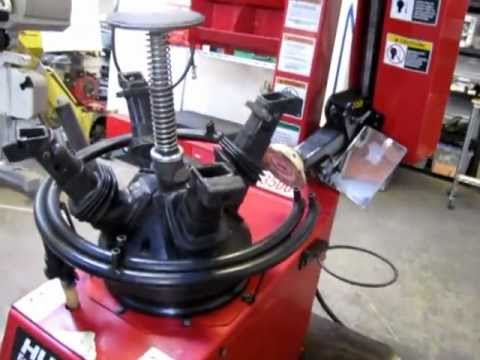 Sold Hunter Tc3500 Rim Clamp Tire Changing Machine Youtube