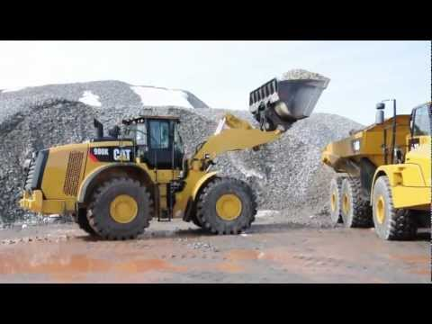 New Cat 980K loading New Cat 740B at PonCat Demo