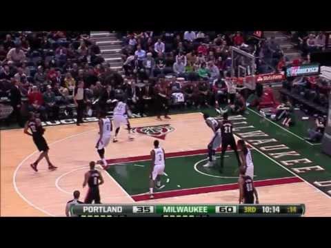Wesley Matthews, Portland Trail Blazers spot-up threes from LaMarcus Aldridge