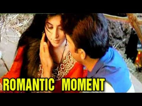 Dr Ashutosh INTIMATELY ROMANCES Dr Nidhi in Kuch Toh Log Kahenge 12th September 2012