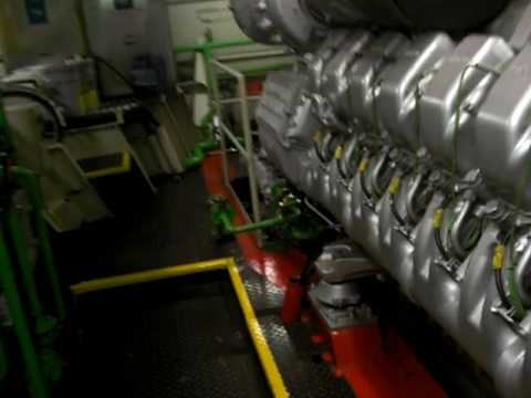 MTU 16 V 2400 HP  That´s a real Engine     335 l/h